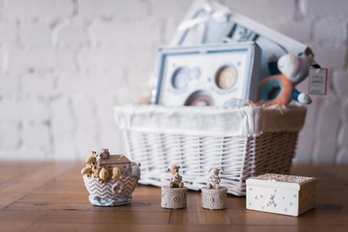 """Luxury """"Welcome To The World New Baby & Well Done Mummy"""" Gift Hamper"""