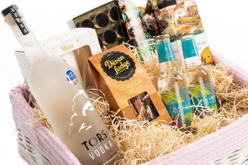 Happy Mother's Day Alcohol Hamper Close