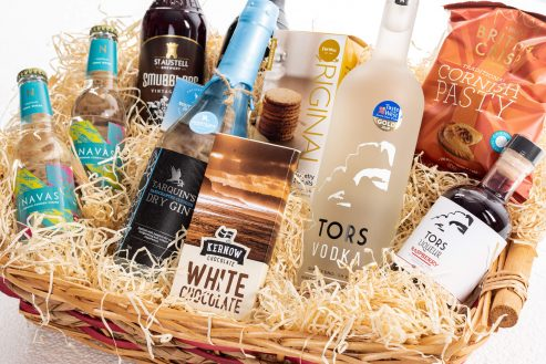 Tipsy Weekend Food & Drink Hamper Close Up